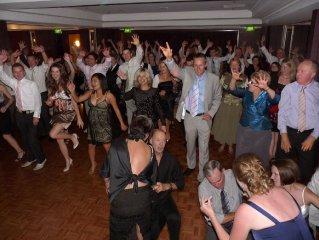 10__320x240_dance-floor